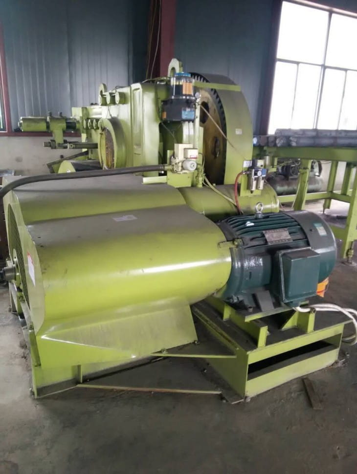 Round steel rod bar automatic cutting machine installation-5