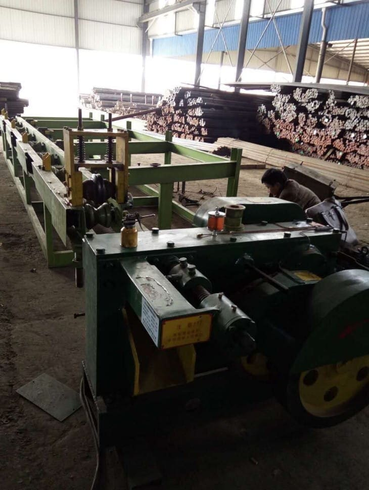 Round steel rod bar automatic cutting machine trial production-3