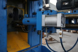 Steel rod billet cutting press Structure and Components-1
