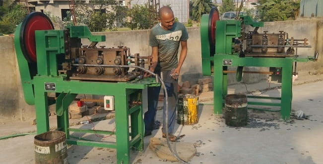 Spring Lock Washer Cutting Machine structure