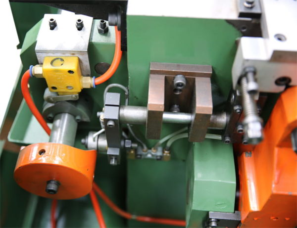 Open Closed Die Forging Machine structure 3
